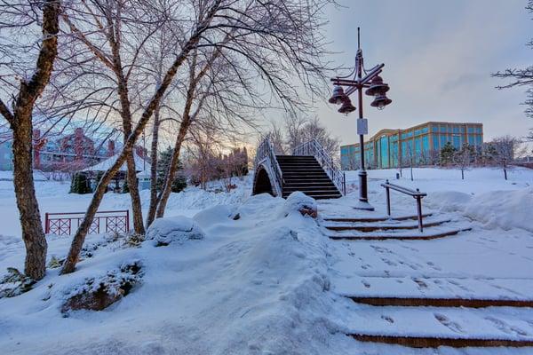 building-cold-footprints-749167