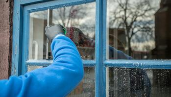 Keep Your Commercial Windows Clean