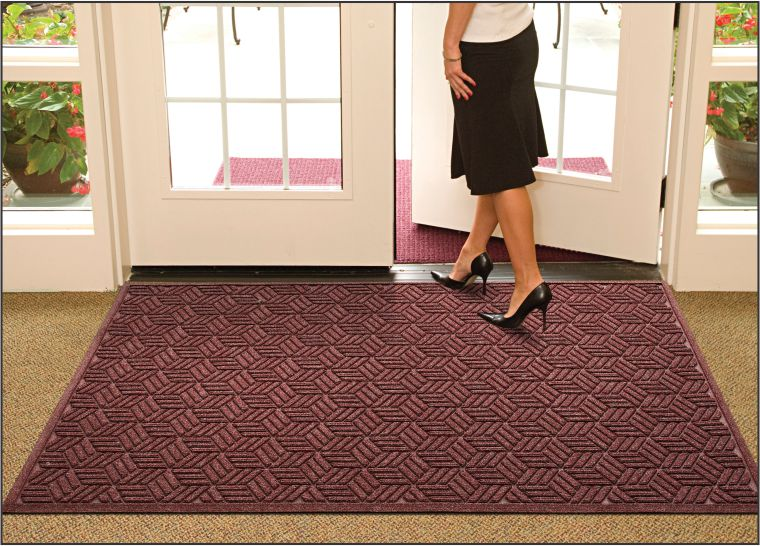 Why Owning Effective Entrance Mats is Important to Your Facility